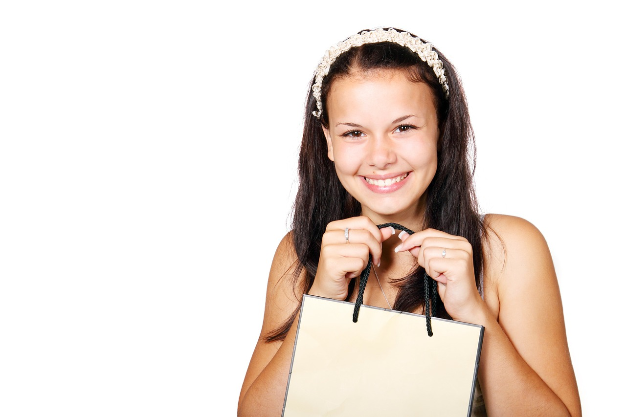 Put a Bow on It | The Art of Wrapping and Trimming Your Customer Experience | CustomerThink