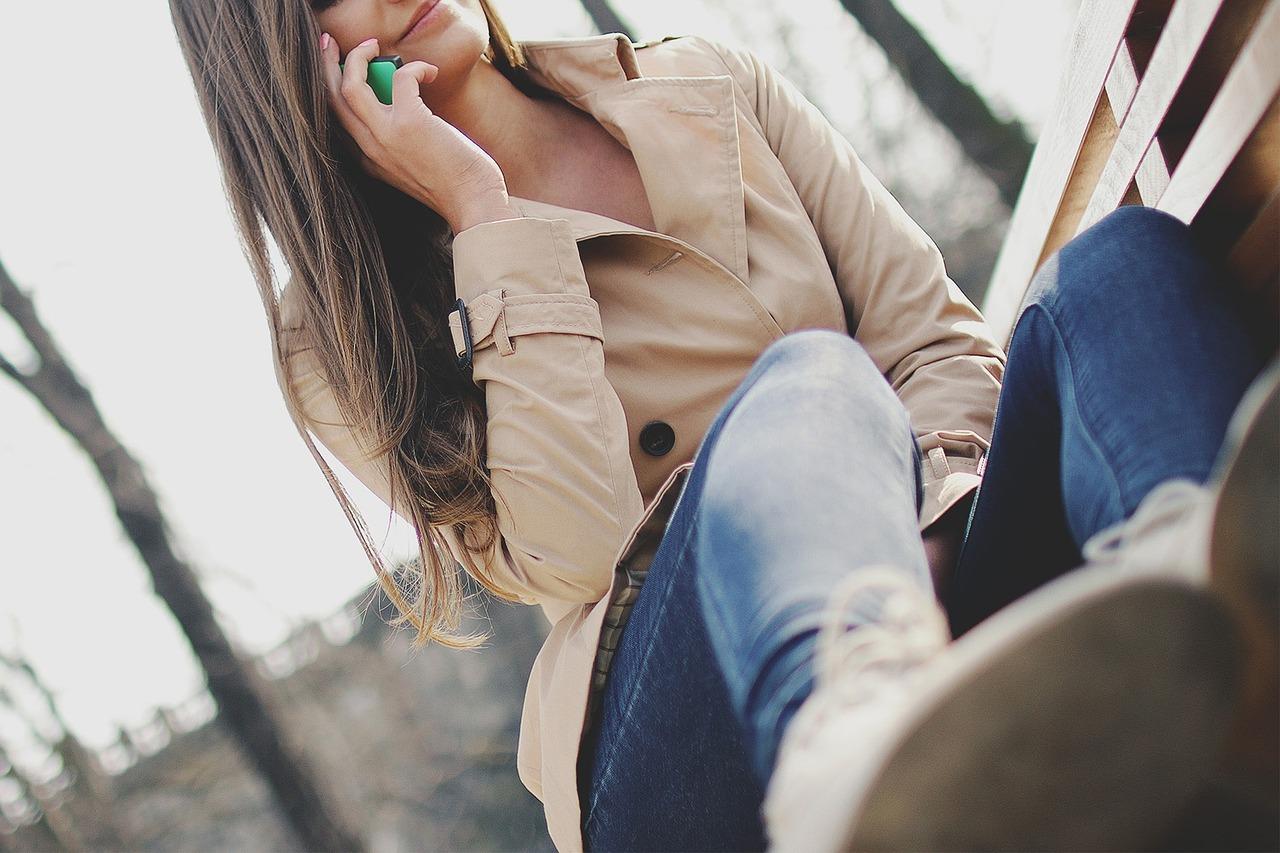 girl-926225_1280