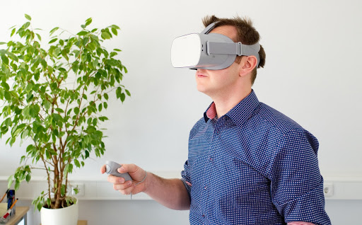 benefits of ar in business